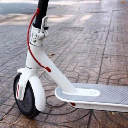 Xiaomi-MiJia-Smart-Electric-Scooter-белый-3